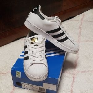 Adidas Superstar J Leather - 5.5